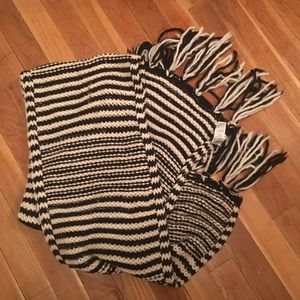 Other - Black and white scarf thick